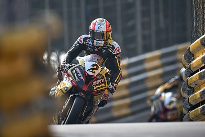 Macau-Rekordsieger Michael Rutter holt provisorische Pole-Position für BMW
