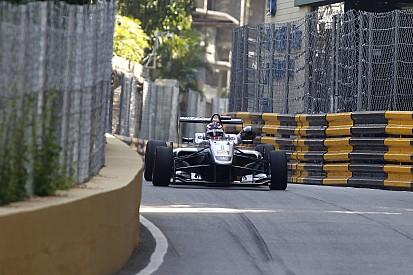 Russell signe la pole et le record du circuit à Macao!