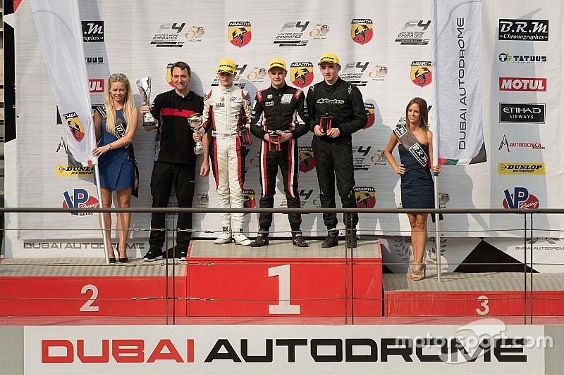 أبردين يتصدّر بطولة الفورمولا 4 الإماراتيّة بعد فوزه بالجولة الأولى في دبي