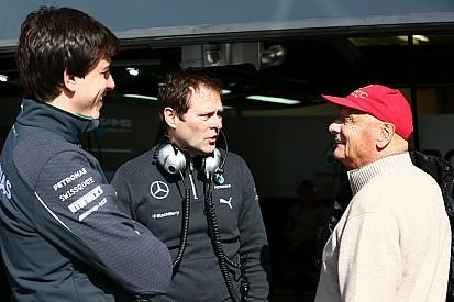 Aldo Costa: Rosberg megérdemelné a címet, de nincs könnyű dolga Hamilton mellett