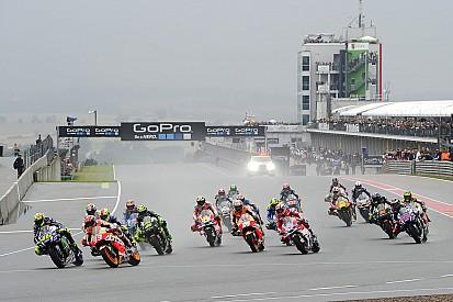 Sachsenring 2016 mit dem weltweit zweitgrößten MotoGP-Publikum