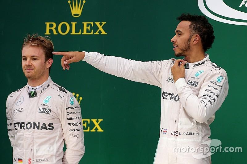 """Horner - La tâche est """"plus facile"""" pour Hamilton que pour Rosberg"""