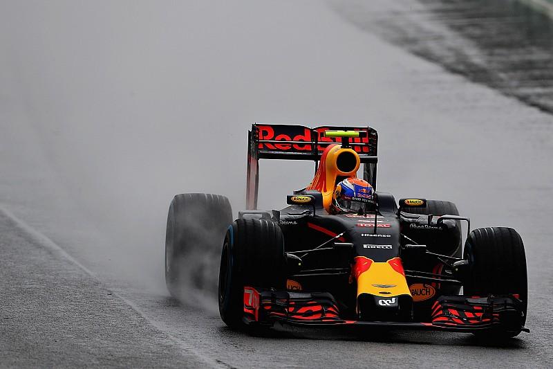 """Verstappen: """"Ervaring op quad zorgde ervoor dat ik niet crashte in Brazilië"""""""