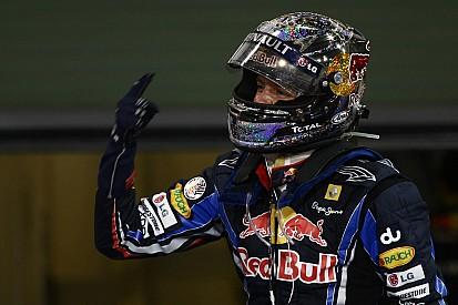 Onboard klasszikus Abu Dhabiból: Vettel gyilkos csatája Grosjean-nal