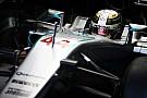 Hamilton se mantiene por delante de Rosberg en la PL2