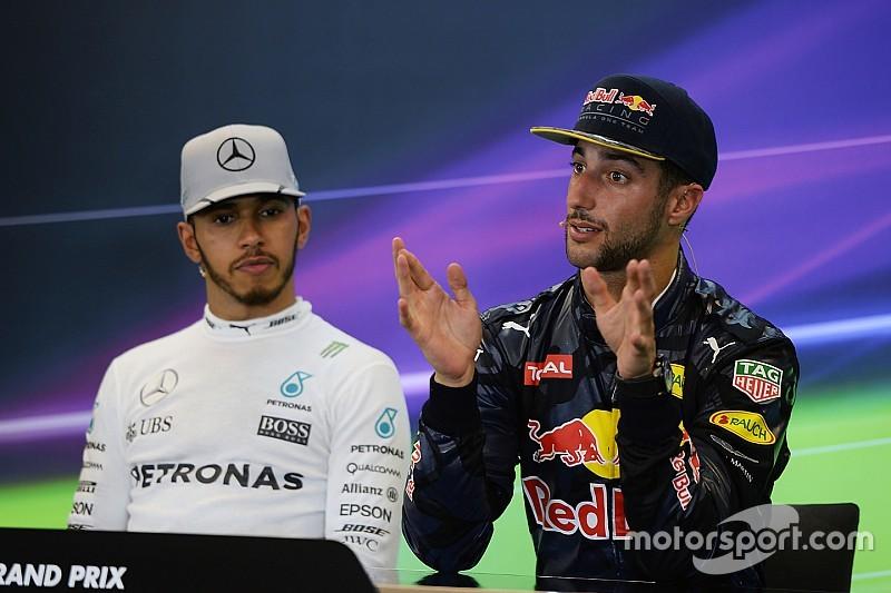 """Ricciardo - """"Tout le monde s'attend à une pole de Lewis"""""""