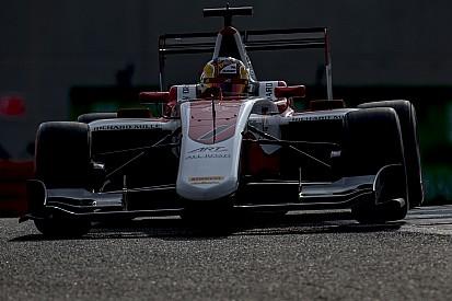 Леклер стал чемпионом GP3, несмотря на сход