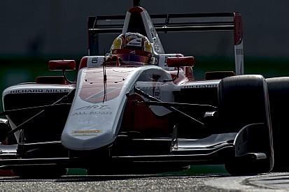 Charles Leclerc si ritira ma conquista il titolo nel caos di Gara 1