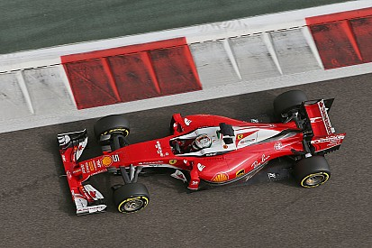 Vettel surpreende e lidera TL3; Hamilton bate Rosberg