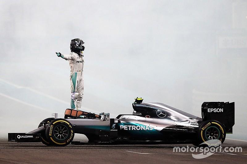 Rosberg aguanta la presión y es campeón de Fórmula 1