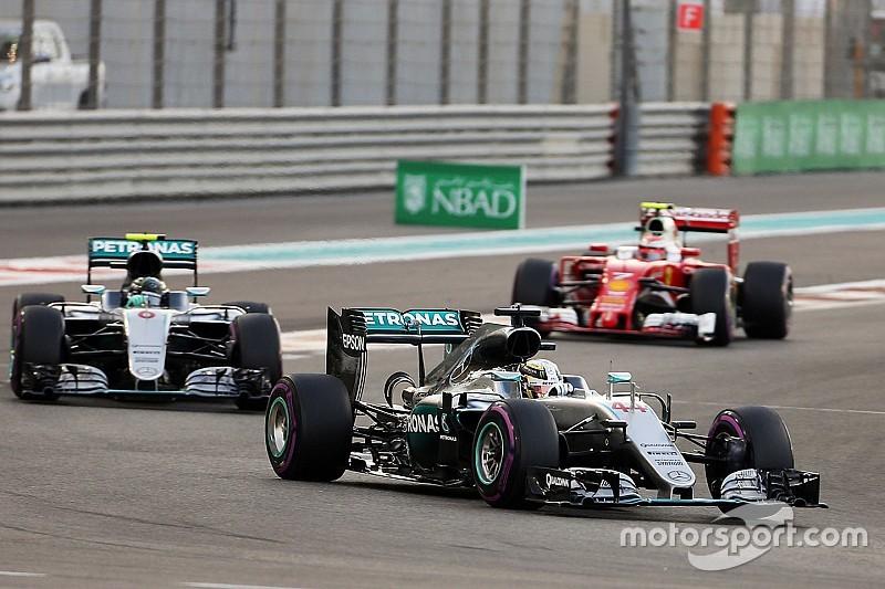 Hamilton vence, mas não impede título de Rosberg