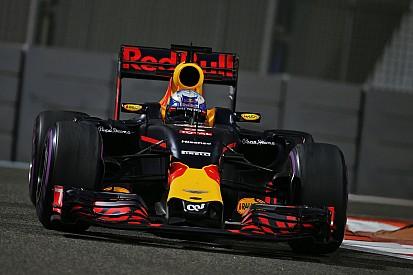 Ricciardo frustrado con la estrategia de Red Bull