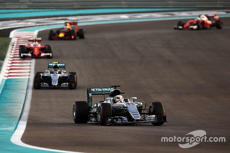 """""""Schmutzige Tricks"""": Sebastian Vettel kritisiert Verhalten von Lewis Hamilton"""