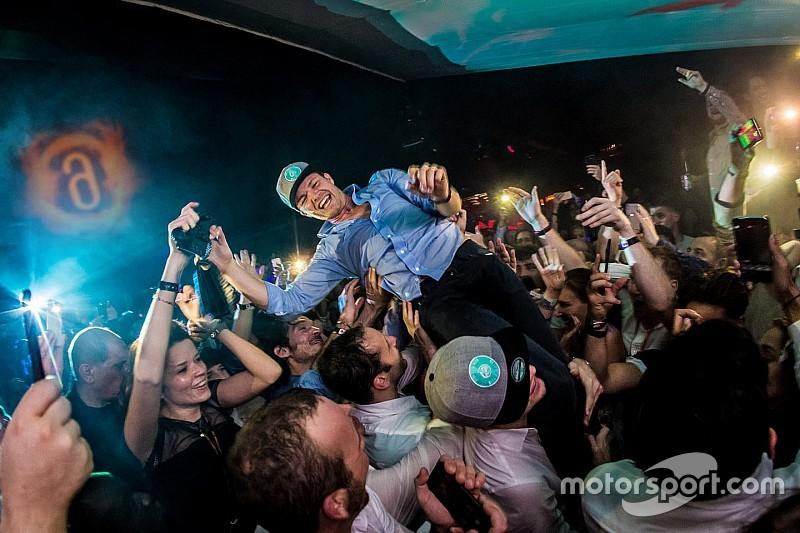 Así fue la fiesta de Nico Rosberg tras ganar el Mundial de F1