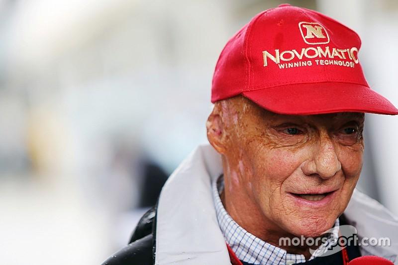 """Lauda: """"Lewis? Una volta c'era ancora rispetto verso l'avversario"""""""
