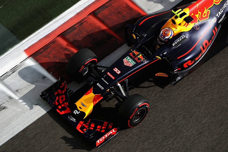Red Bull quitte Total pour ExxonMobil