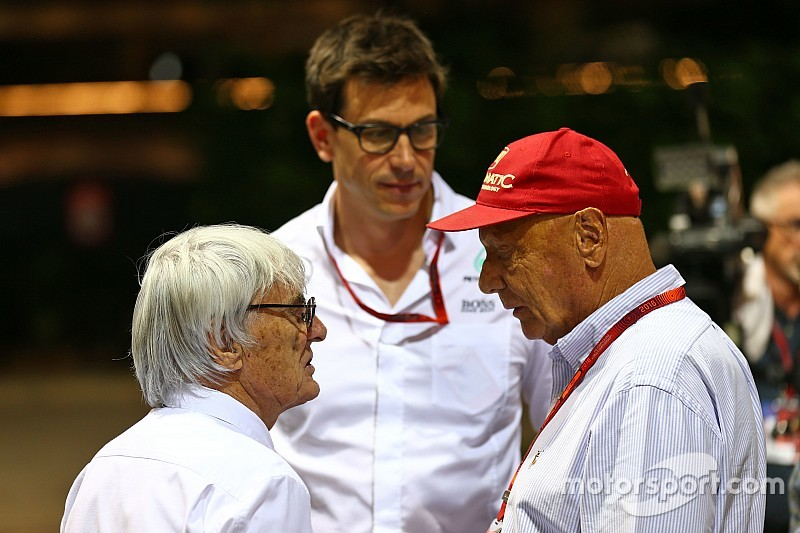 Экклстоун назвал Ферстаппена очевидным выбором для Mercedes