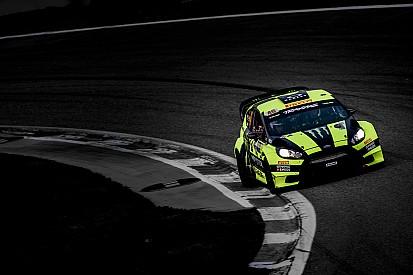 Vídeo: Tres estilos de pilotaje en Monza: Rossi, Sordo y Andreucci
