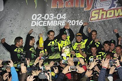 Fotogallery: Valentino festeggia sul podio del Monza Rally Show