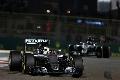 Mercedes sudah tidak permasalahkan taktik Hamilton di Abu Dhabi