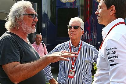 """Briatore: """"Alonso rispetterà il contratto con la McLaren"""""""