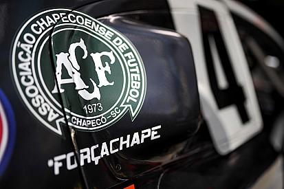 Equipos y pilotos honran al equipo Chapecoense