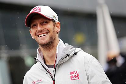 Grosjean volta a competir na neve