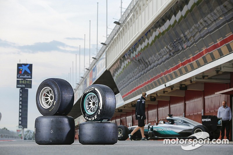 【F1】タイヤの年間供給数は42,792本! 数字で振り返る2016年のF1