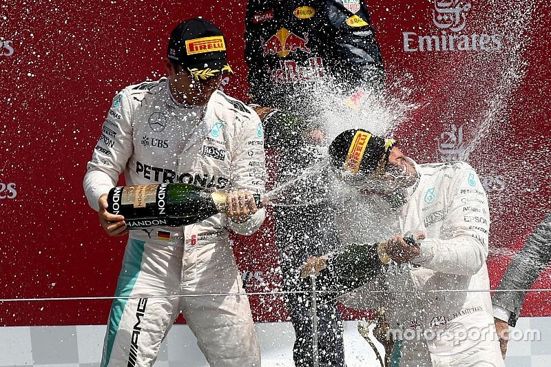 Clap de fin pour 2016... Champagne!