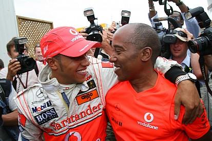 """Hamilton asegura que la relación con su padre sigue siendo """"un trabajo pendiente"""""""
