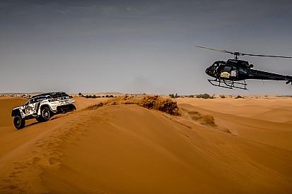 """Sainz: """"Hacer estrategias en el Dakar es complicado, pasan muchas cosas"""""""