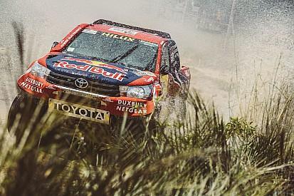 Dakar: i piloti di Toyota rispondono alla polemica di Sainz sulla flangia
