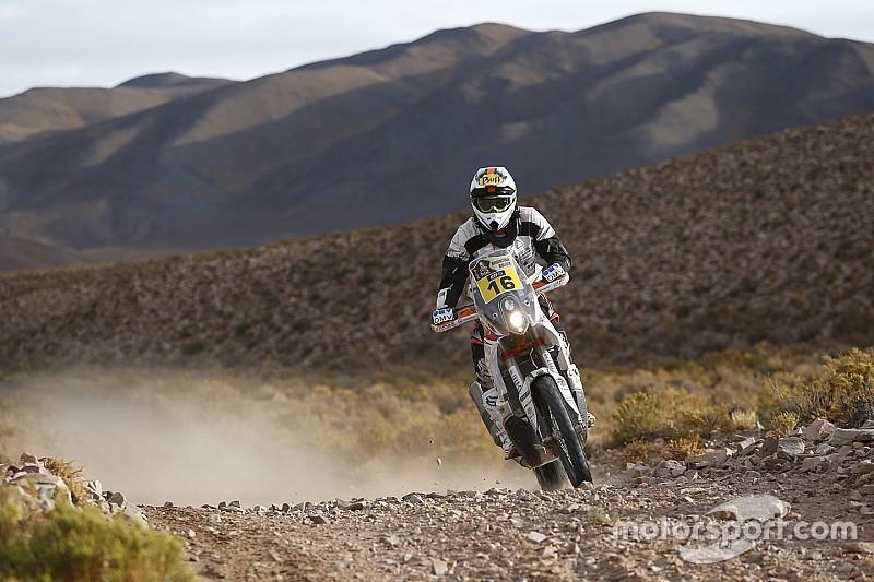 Dakar rider struck by lightning during Stage 3
