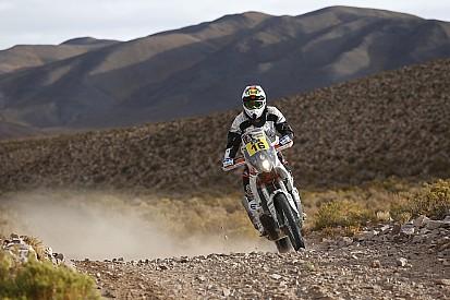 Pembalap Dakar tersambar petir saat Stage 3