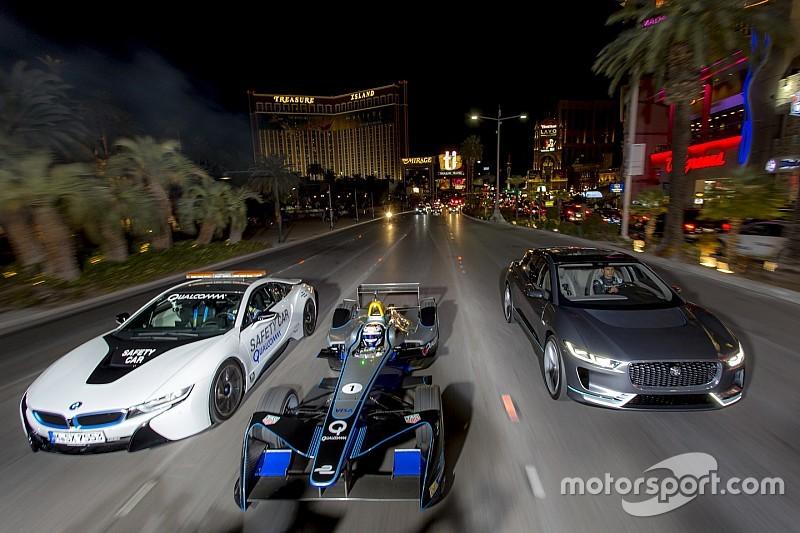 Video, una Formula E in notturna sulla Strip di Las Vegas!