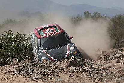 El Dakar le da por retirado, pero Al Rajhi sigue en carrera