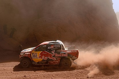 """De Villiers: """"Dakar is loterij door onnauwkeurig roadbook"""""""