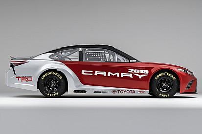 Fotogallery: ecco la Toyota Camry 2017 che correrà in NASCAR