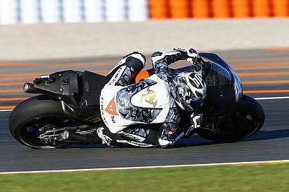 KTM aterriza en MotoGP nadando contra corriente