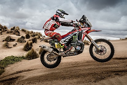 Dakar, Moto, Tappa 10: ancora Honda con Metge, Quintanilla si ritira!