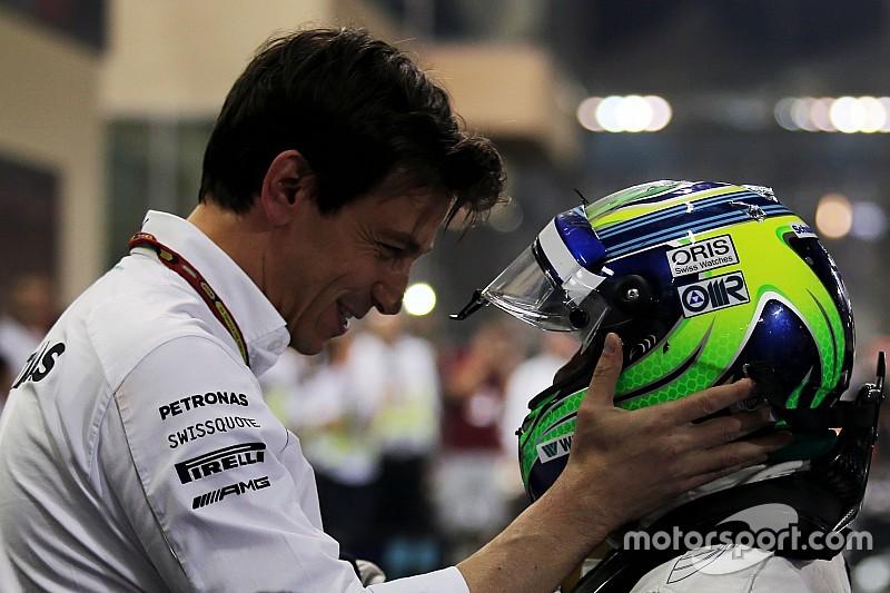 """Mercedes a """"contribué financièrement"""" au retour de Massa"""