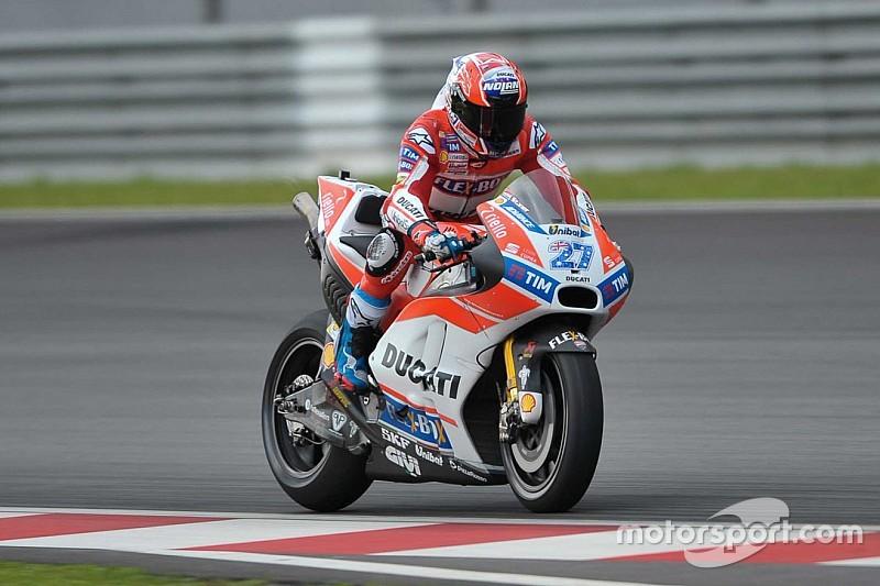 Fotogallery: il debutto di Casey Stoner sulla nuova Ducati a Sepang