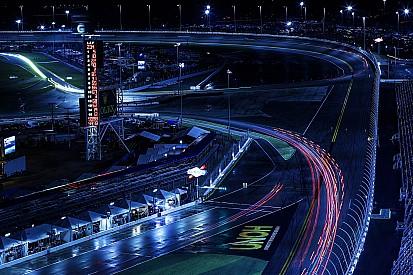 Fotogallery: la notte della 24 Ore di Daytona