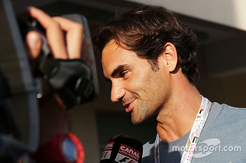 Ömlenek a gratulációk Federernek a Forma-1-ből!