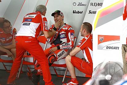 MotoGP: Lorenzónak fogalma sincs mitől ilyen lassú...
