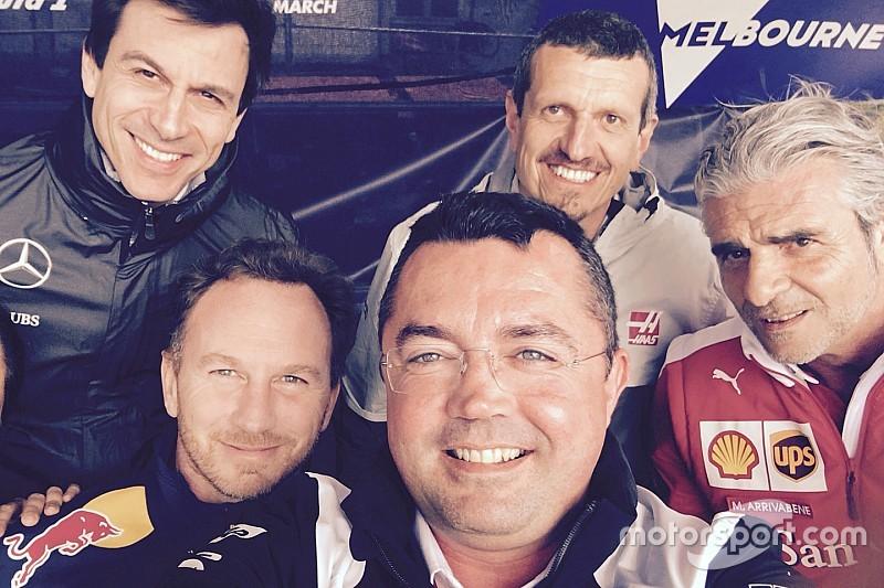 F1自拍照闪耀慈善拍卖会