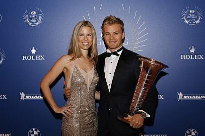 Rosberg: Ailem için emekli oldum