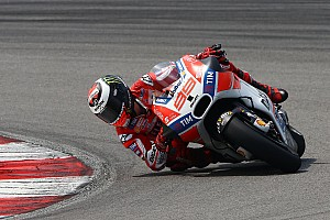 MotoGP 突发新闻 杜卡迪:洛伦佐将在卡塔尔争夺胜利