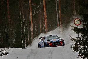 WRC Etappenbericht WRC in Schweden: Hyundai-Fahrer Thierry Neuville baut Führung aus
