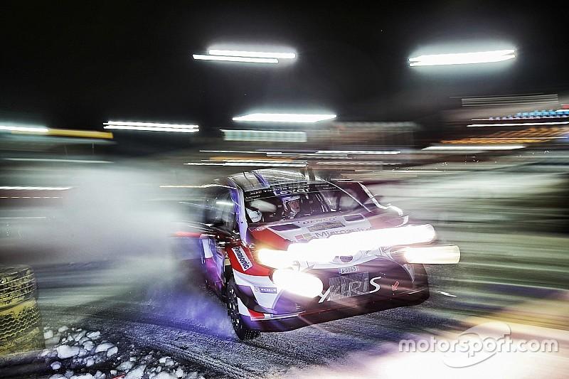 İsveç WRC: Neuville kaza yaptı, Latvala liderliğe yükseldi